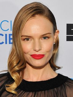 How To: Carry Off Major Lipstick - Kate Bosworth http://primped.ninemsn.com.au/how-tos/makeup-how-tos/how-to-carry-off-major-lipstick
