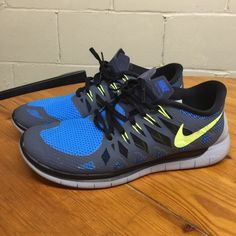 the latest d50a8 ec2d5 Shop Women s Nike Gray Blue size Athletic Shoes at a discounted price at  Poshmark. Description  NIKE FREE RUN RARE COLORWAY. Worn 5 times tops men s  women s ...