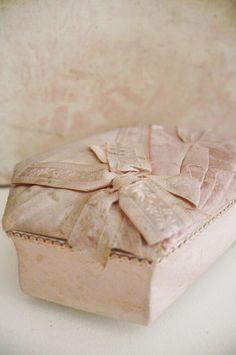 Blush Treasure Box ~