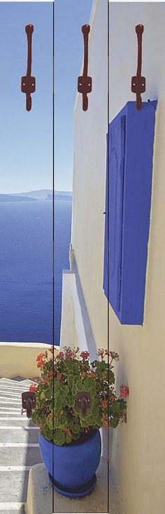 """Diese außergewöhnliche Designer-Wandgarderobe """"Yiannis Dimkopoulos: Treppen ins Blaue hinein"""" ist ein echter Blickfang und verschönert jedes Ambiente. Mit besonders hochwertigen Druckfarben werden die Motive auf die Garderobenpaneele digital gedruckt. Die Farben strahlen auch noch nach vielen Jahren wie am ersten Tag. Die aus 16 mm dicker Holzfaserplatte gearbeiteten Garderoben bieten viel Plat..."""