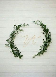 งานแต่งสีขาวกับใบไม้สีเขียว ไอเดียเรียบง่าย สุภาพ สะอาดตา | Happywedding.life
