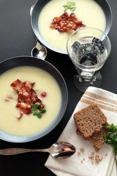 smakologia: Krem z białych warzyw z bekonem Soup Recipes, Cooking Recipes, Healthy Recipes, Diy Food, Quick Easy Meals, My Favorite Food, Food Photo, Food Hacks, Food To Make