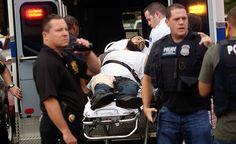 Detenido autor de explosiones en EE UU Un estadounidense nacido en Afganistán y buscado en conexión con las explosiones de Nueva York y Nueva Jersey fue detenido el lunes luego de un tiroteo con la policía en el que resultó herido. Ahmad Khan Rahami, de 28 años fue detenido en Linden, Nueva Jersey, dijeron oficiales policiales a la cadena NBC.
