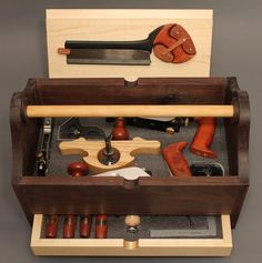 HAND-TOOL TOTE -- made using power and hand tools - by ChuckM @ LumberJocks.com ~ woodworking community