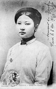 Lady Phuong - a beauty of old Hanoi, Vietnam