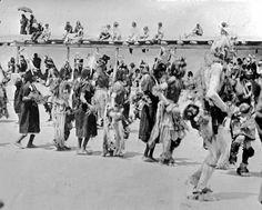 Harvest-Dance-Santo-Domingo-Pueblo-1910-couresty-Library-of-Congress.jpg (640×515)