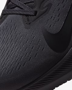 Nike Air Zoom Winflo 7 Men's Running Shoe. Nike.com Versace Loafers, Air Zoom, Running Shoes For Men, All Black Sneakers, Nike Air, Fashion, Moda, Fashion Styles, Fashion Illustrations