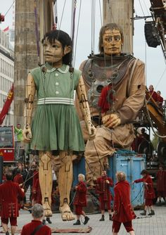 Giant Marionettes in Berlin - one of the most amazing, moving project. Don't miss their movies about the Giant Girl <3
