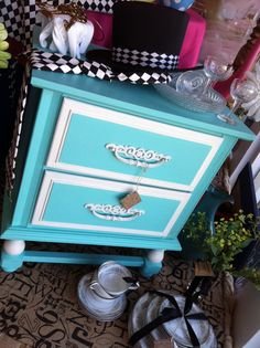 Furniture Up-Cycle:  This adorable side table was chalk painted using the van Gogh Fossil Paint Collection.  Colors:  van Gogh and chalk