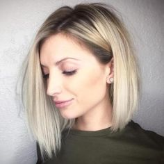 Side Parted Blonde Balayage Bob (Cover Thin Hair)