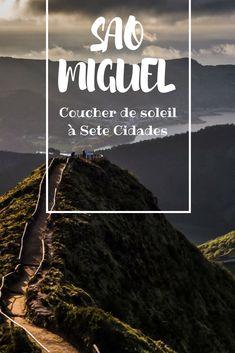 Partons à la découverte de Sete Cidades, l'une des sept merveilles naturelles du Portugal... Un lieu magique et inoubliable ! Azores Portugal, Europe, Travel, Country, City, North West, Archipelago, Magic, Iceland