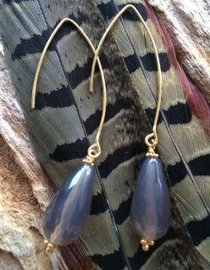Een persoonlijke favoriet uit mijn Etsy shop https://www.etsy.com/listing/258227701/beautiful-creole-earrings-with-grey