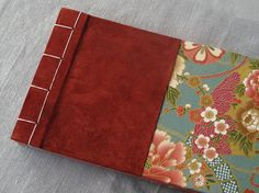 IONA BINDING - Handmade photo album measures 11,61 x 5,90. Covered with Japanese fabric and leather.