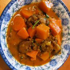 Linsencurry mit Kürbis, süsskartoffel, Karotten und Maronen