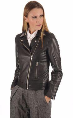 Perfecto Cuir Agneau Noir Femme   La Canadienne Femme   Pinterest   Perfecto  cuir, Canadien et Blouson cuir d0d979a74236