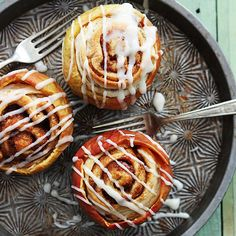 11 Swoon-Worthy Ways to Eat a Whole Baked Apple For Dessert
