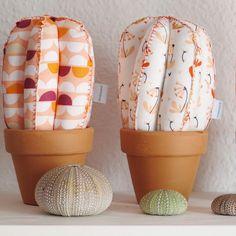 Tienda ABIERTA al 100%! Ya están disponibles todos los nuevos modelos de #cactusdetela en www.kactusconk.etsy.com  Mucho color para esta Colección de Verano 2016!  FELIZ LUNES! 😘🌵❤️ #cactus #cactis #tela #fabric #artesanía #handmade #hechoamano #DIY