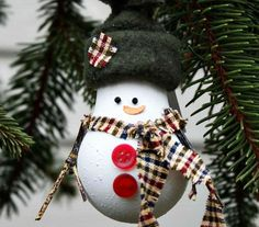 Christmas decoration from used bulbs