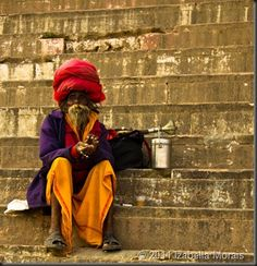 India_Varanasi  Foto de Izabella Neves  http://www.comospesnomundo.com/