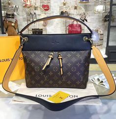 Cowhide leather dominates the Louis Vuitton Monogram Canvas Tuileries Besace, making it look amazing. Even the handle is made from leather, which has a positive effect on all women who are seeking for perfection. In addition, the removable strap is a standard feature.  Find more LV monogram canvas bags at http://www.luxtime.su/louis-vuitton-handbags/monogram-canvas