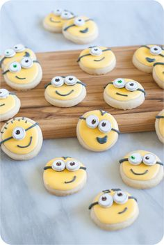 Bake at 350: How to make Minions Cookies!