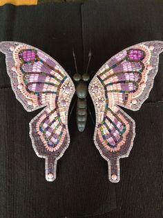 Lila/roze Vlinder op metalen ondergrond 40 cm on Etsy, €55