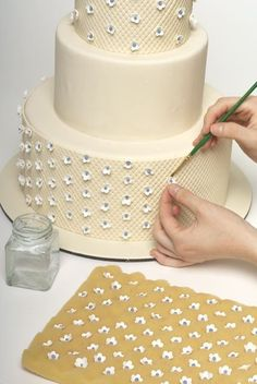 How to decorate a sweet wedding cake (really this is a step by step!)…