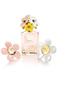 MARC JACOBS! Just got these limited edition mini perfum daisy bottles, love them!!