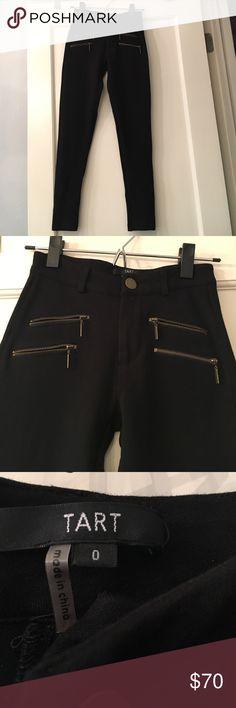 Tart Black Skinnies Tart Black Skinnies. Size 0. Super stretchy. Rayon,Nylon and Spandex. Tart Pants Skinny