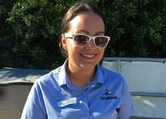 Smiles return to SeaWorld Orlando as employees (Ambassadors) no longer have to wear masks with proof of vaccination. Orlando Parks, Seaworld Orlando, Busch Gardens Tampa Bay, Summer Events, Sea World, Masks, Face Masks