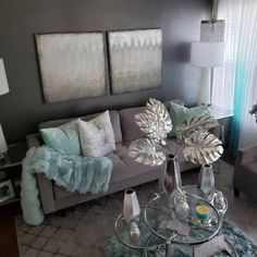 Simple And Affordable home Decor Ideas *** Browse the image link for more information. Living Room Turquoise, Glam Living Room, Living Room Decor Cozy, New Living Room, Bedroom Decor, Affordable Modern Furniture, Affordable Home Decor, Home Decor Store, Home Decor Accessories