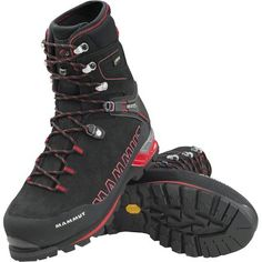 Mammut Magic Guide High GTX Boot Source by backcountrycom shoes guide Mens Hiking Boots, Hiking Shoes, Leather Men, Leather Boots, Columbia, Safety Toe Boots, Mountaineering Boots, Warm Winter Boots, Hunting Boots
