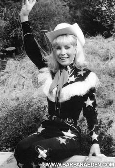 "I hope everyone is having a very HAPPY 2015 so far! For those of you wondering, this was me as the Queen of the Rodeo in Jeannie episode ""Ride 'Em Astronaut!"" The funny part is, I STILL have this fun. Barbara Eden, I Dream Of Jeannie, Golden Age Of Hollywood, Old Hollywood, Columbia, Tv Icon, Jane Fonda, Book Tv, Sophia Loren"