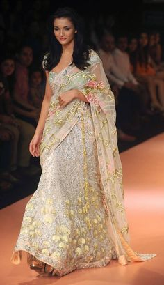 British Bollywood Actor Amy Jackson in a Pallavi Jaikishan Saree