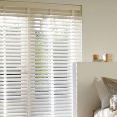 Laat u inspireren door Luxaflex® raamdecoratie. Houten Jaloezieën - 68 mm