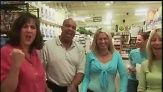 Groceries With The Cast of Everyday Food - America's worst cooks go to the grocery store with Everyday Food chefs Lucinda Scala Quinn, Sarah Carey and Allie Lewis.