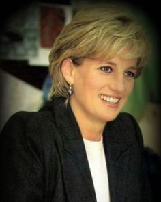 Princess Diana Pictures, Bad Picture, Take That, Queen, Twitter