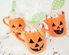 simple as that: Perfect Pumpkin Halloween Treat Mugs