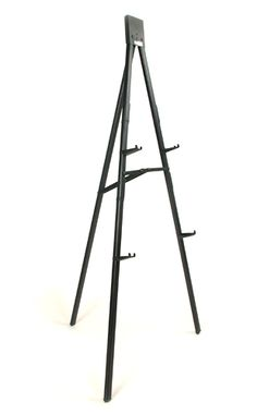 Da-Lite Floor Easel.  The Da-Lite Floor Easel features lightweight aluminum construction yet holds up to 100 lbs.! Available as either a stand-alone display easel or multi-use flip chart, this versatile floor easel also folds flat for easy transport and storage. The legs of the flip chart model fold in half for a more compact unit to store. The legs of the standard floor easel do not collapse. Both Da-Lite Floor Easel designs are available in gold anodized or black finishes.