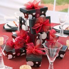 elegant black and white table settings Black and White dance