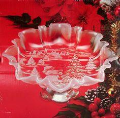 Mikasa Christmas Story SA 600/527 Footed Bon Bon 9 3/4 Candy Dish Made in Germany by Mikasa, http://www.amazon.com/dp/B002W2WGT2/ref=cm_sw_r_pi_dp_uFu8rb0XEXGAK