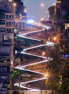 Lombard St en la noche