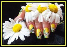 DAISIES by Agusia - Nail Art Gallery nailartgallery.nailsmag.com by Nails Magazine www.nailsmag.com #nailart