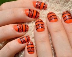 13 Gorgeous and Ghastly Halloween Nail Art Designs