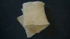 2m. halstørklæde til røde kors. Og det er altså patentstrik!