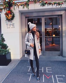 Winter Style // Black and grey.