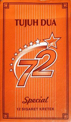 12 kretek cigarette for only Rp. 4,000 (41 cent)