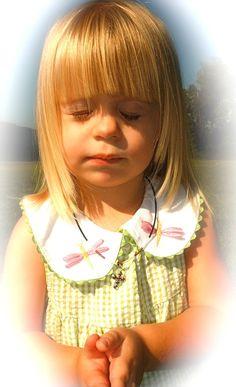 praying children images   Easy to Remember Ways to Pray   Kids Faith Garden