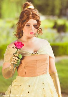 Bella from Beauty and the Beast Cosplay ! Disney