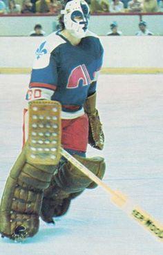 Richard Brodeur Hockey Rules, Women's Hockey, Hockey Cards, Quebec Nordiques, Canada Hockey, Goalie Mask, Star Wars, Vancouver Canucks, Hockey Players